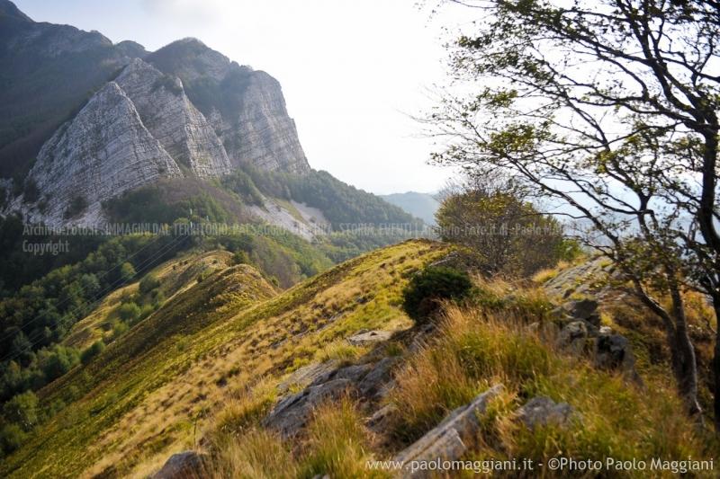 24-settembre-2011-dolmen-monte-freddone-alpi-apuane-apuanian-alps-enrico-calzolari-photo-paolo-maggiani_dsc4237jpg_26074375931_o