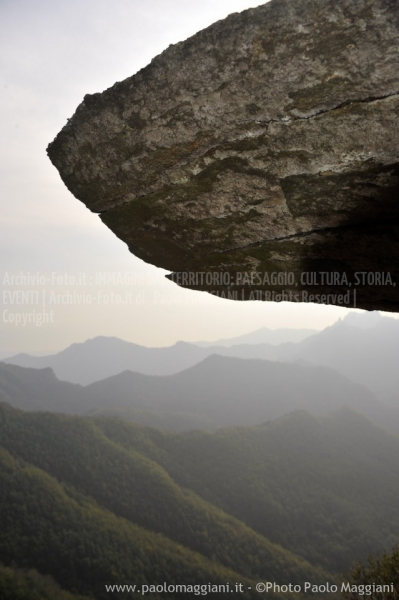 24-settembre-2011-dolmen-monte-freddone-alpi-apuane-apuanian-alps-enrico-calzolari-photo-paolo-maggiani_dsc4270jpg_26114839896_o