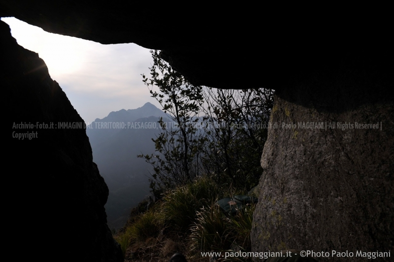 24-settembre-2011-dolmen-monte-freddone-alpi-apuane-apuanian-alps-enrico-calzolari-photo-paolo-maggiani_dsc4283jpg_26074458621_o