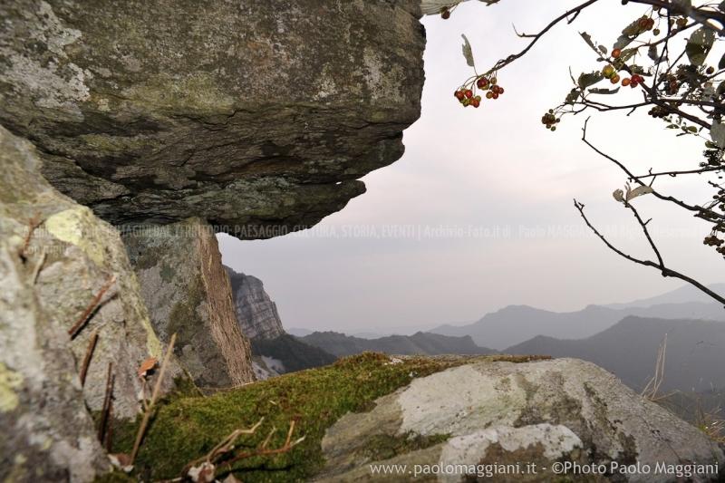 24-settembre-2011-dolmen-monte-freddone-alpi-apuane-apuanian-alps-enrico-calzolari-photo-paolo-maggiani_dsc4294jpg_25536048224_o