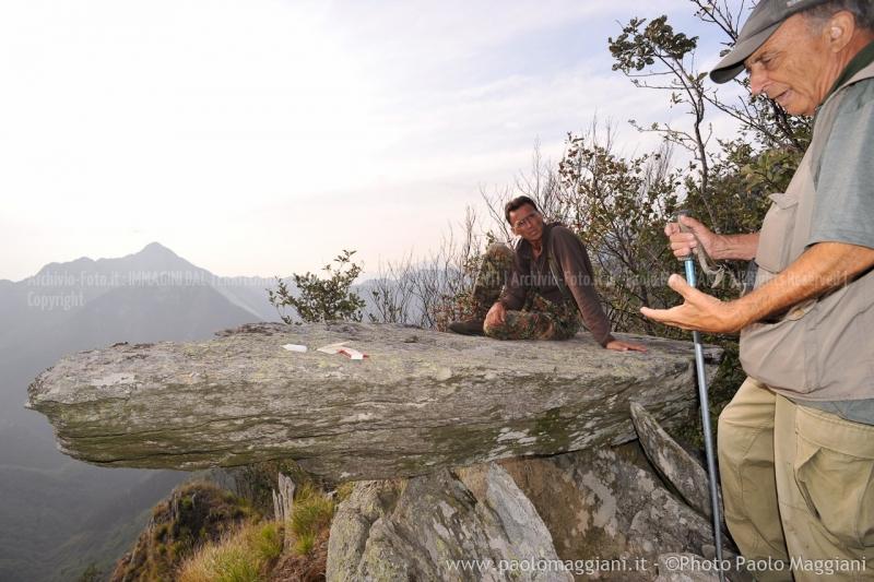 24-settembre-2011-dolmen-monte-freddone-alpi-apuane-apuanian-alps-enrico-calzolari-photo-paolo-maggiani_dsc4308jpg_26048367262_o