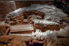 4193639__19042008_Aulla-Lunigiana-medioevo-misteri-mistero-Paolo-Maggiani-S.Caprasio-San-Caprasio-tomba