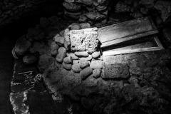 4193632__19042008_Aulla-Lunigiana-medioevo-misteri-mistero-Paolo-Maggiani-S.Caprasio-San-Caprasio-tombaBN