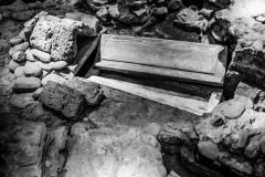 4193651__19042008_Aulla-Lunigiana-medioevo-misteri-mistero-Paolo-Maggiani-S.Caprasio-San-Caprasio-tombaBN