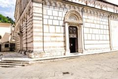 D70015_DSC7995_Paolo-Maggiani_04052015_Carrara-Duomo-marmo-pieve-S.-Andrea