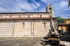 D70015_DSC8015_Paolo-Maggiani_04052015_Carrara-Duomo-marmo-pieve-S.-Andrea