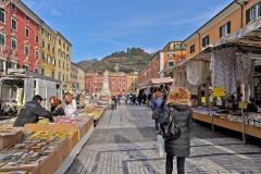 d70016mag_7955_Carrara_Lunedì-giorno-di-mercato_maggiani-paolo_24745292229_o