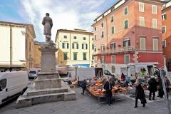 d70016mag_7997_Carrara_Lunedì-giorno-di-mercato_maggiani-paolo_24817682310_o