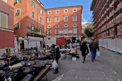 d70016mag_7999_Carrara_Lunedì-giorno-di-mercato_maggiani-paolo_24817694780_o