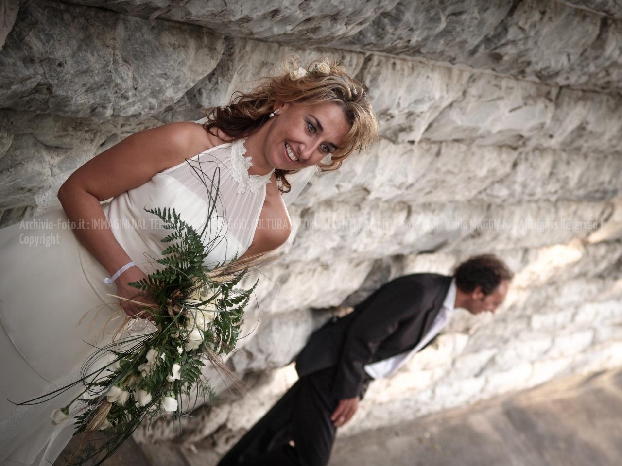 foto-176__24092005_beni-culturali-Carrara-marmo-matrimonio-Paolo-Maddy-piazza-DArmi