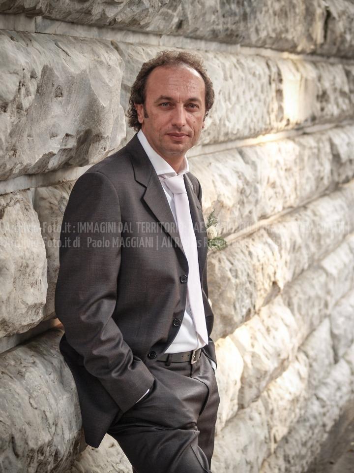 foto-186__24092005_beni-culturali-Carrara-marmo-matrimonio-Paolo-Maddy-piazza-DArmi