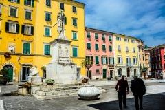 D70015_DSC7970_Paolo-Maggiani_04052015_Beatrice-DEste-Carrara-marmo-monumento-piazza-Alberica