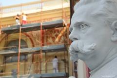 Carrara_Studio-di-Scultura-Nicoli_restauro-facciata_scorci-cittadini_2010_maggianipaolo_58_24613731903_o