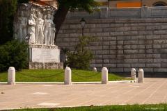 Carrara_Monumento-a-Meschi_scorci-cittadini_2010_maggianipaolo_22_24872967479_o