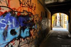 Carrara_Passaggio-da-Pza-d-Armi-a-Vicolo-dell-Arancio_scorci-cittadini_2010_maggianipaolo_39_25214307286_o
