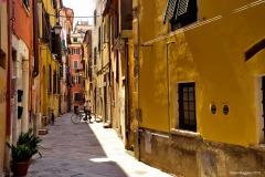 Carrara_Vicolo-dell-Arancio_scorci-cittadini_2010_maggianipaolo_42_25240590815_o