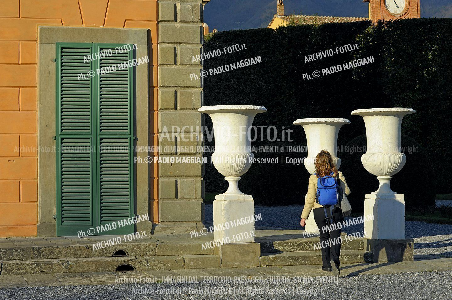 156ND70020P_MAG2962-FS-LUCCA_VILLA_REALE
