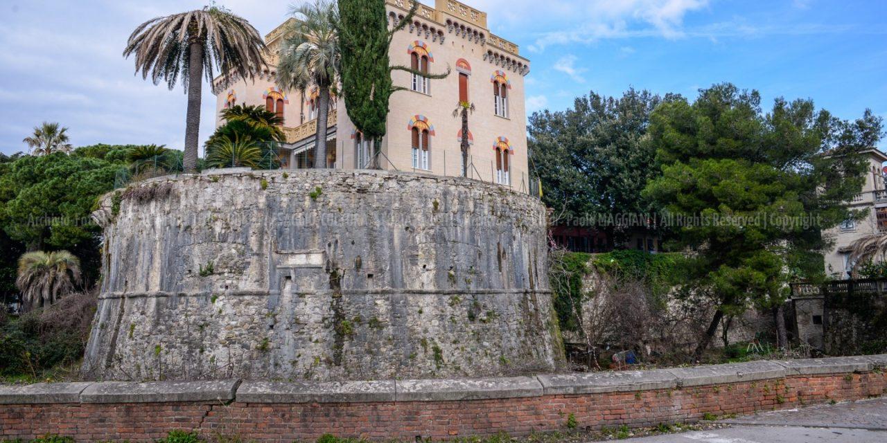 Sarzana, Nuove Gallerie di monumenti, chiese, piazze