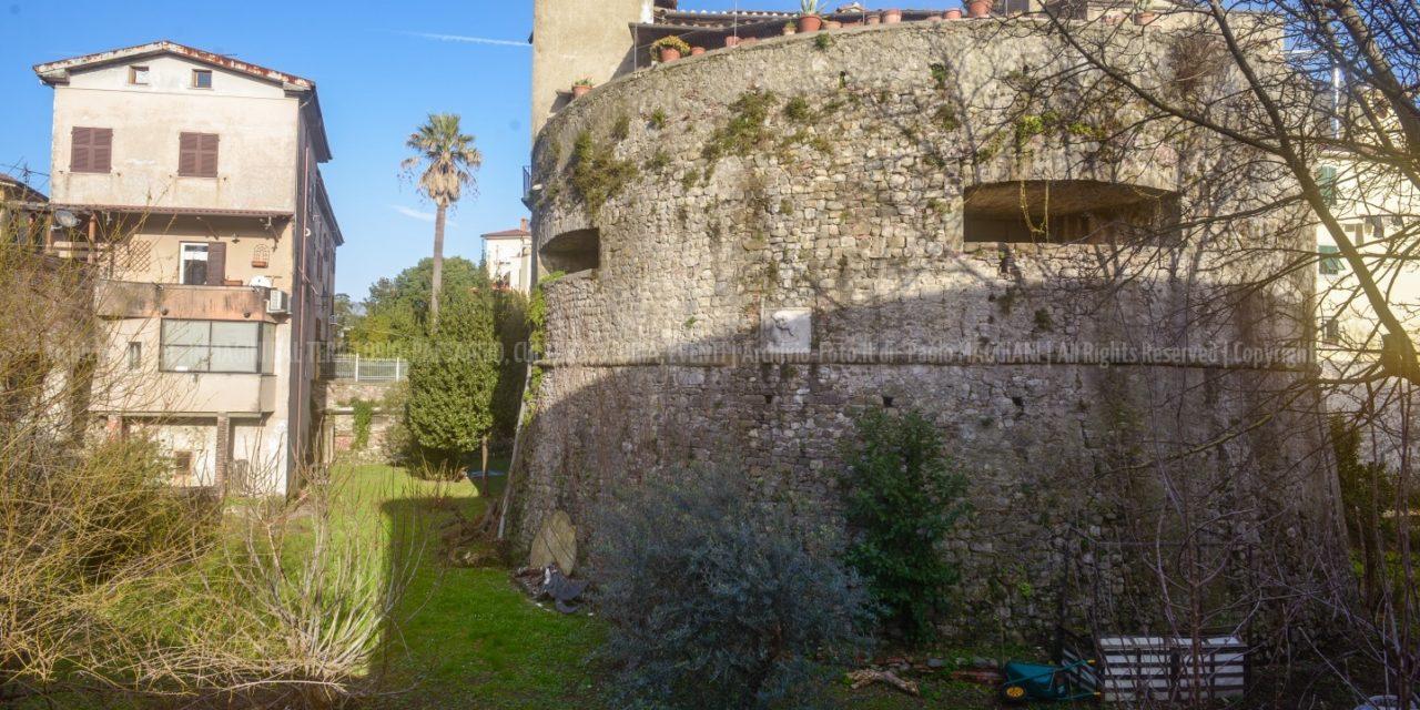 Sarzana, Nuove Gallerie di Torrioni e Palazzi